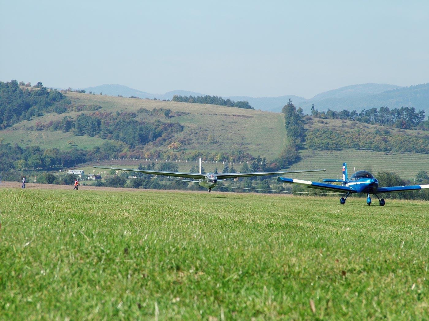 [تصویر:  glider-tow4.jpg]